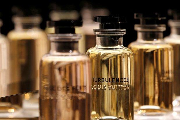 Au lieu du parfum, LVMH va fabriquer des gels hydroalcooliques