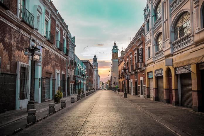 04_MexicoCityDayTrips__CholulaAndPuebla_shutterstock_771706210