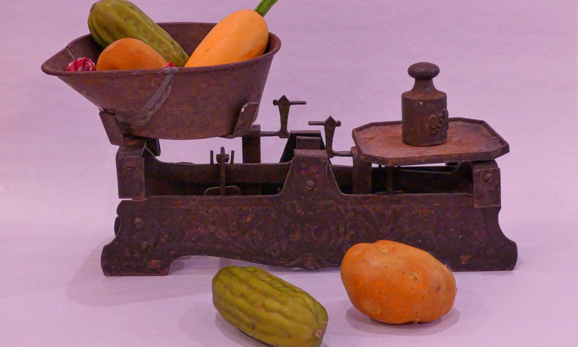 Alte Waage mit Gemüse - Teil der Fotoausstellung der Fotofreunde Wolbeck