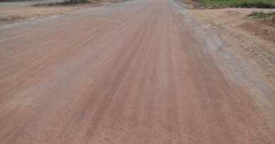 Avenida Brasil menos de 100 metros recebeu pavimentação.  Obra esta paralisada em Novo Progresso.