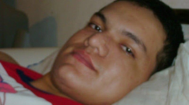 Johnny ficou paraplégico após o tiro que recebeu pelas costas (Foto: Reprodução/Arquivo Pessoal)