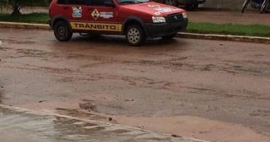 Carro usado na fiscalização de transito em Novo Progresso -Flagrado estacionado em local proibido.