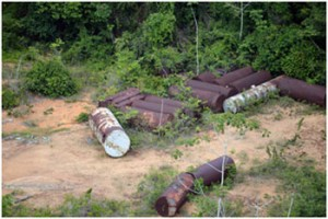 Danos-químicos-causados-ao-meio-ambiente-300x200