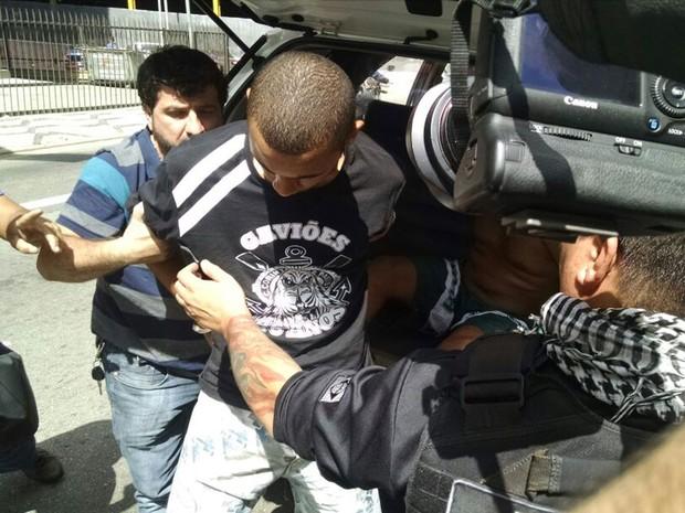 Integrante da Gaviões da Fiel é preso em operação da polícia (Foto: Leonardo Lourenço / GloboEsporte.com)