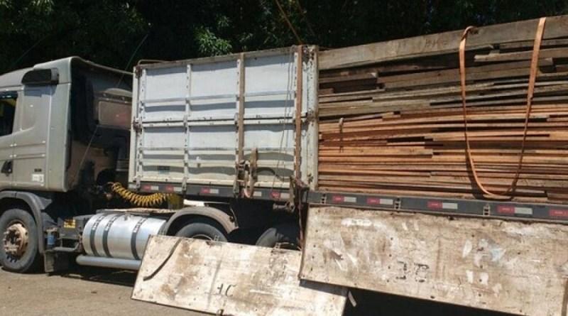 carreta madeira