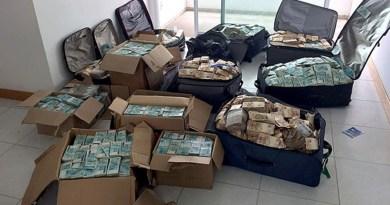 destaque-511180-mala-dinheiro (1)