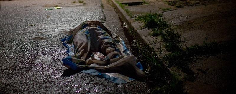 Corpo de homem assassinado em Belém, uma das capitais mais violentas do país Yan Boechat/Folhapress