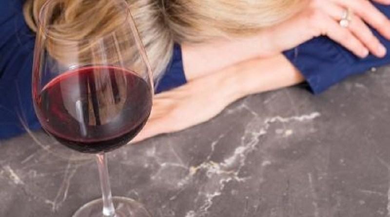 bebida-alcoolica-ressaca-1549046673928_v2_450x450