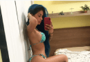 """Tati Zaqui esbanja saúde em clique praiano: """"Que ângulo"""" A funkeira impressionou os seguidores"""