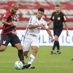 Com time alternativo, Santos perde para o Athletico-PR e pode deixar o G6