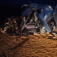 Motorista morre após batida entre duas carretas na serra de Moraes Almeida