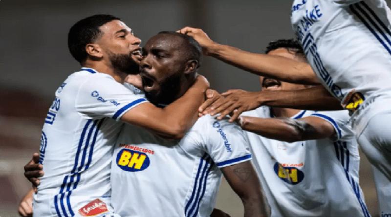 Manoel fez o gol que selou sexto triunfo do Cruzeiro fora de casa na Série B