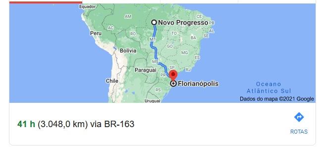 Distância em linha reta: 2386 Km. Distância por estradas: 3079 Km até a cidade de Florianópolis em Santa Catarina...(Google)