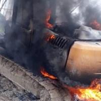 Ministro Salles comanda destruição de maquinas em garimpos na região