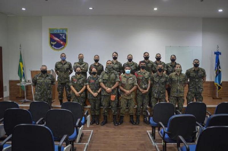 Atividade buscou preparar militares para atuarem como líderes de resgate em ações de salvamento e atendimento de vítimas de acidentes aeronáuticos