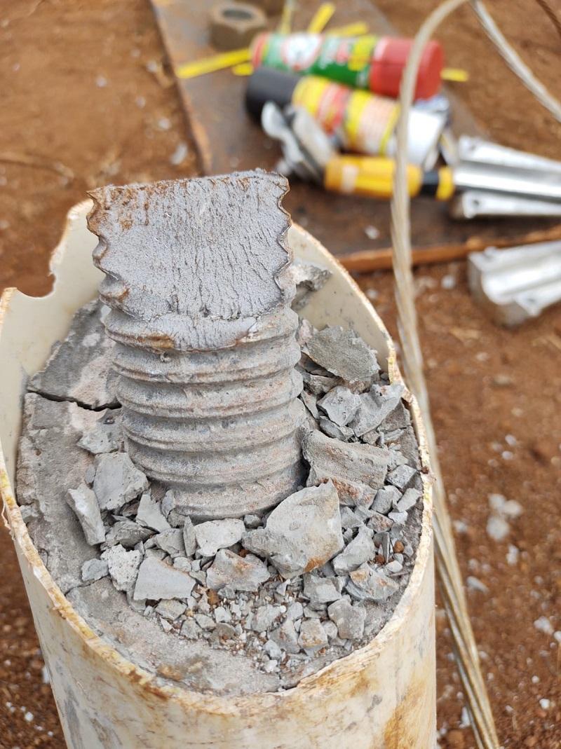 Aí parece que serraram os chumbadores dos pés das torres (Foto:Via WhatsApp)