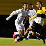 Criciúma vence o Fluminense em jogo de ida das oitavas de final da Copa do Brasil