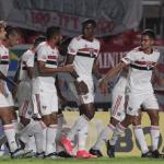 São Paulo vence o Vasco e sai na frente pelas oitavas de final da Copa do Brasil