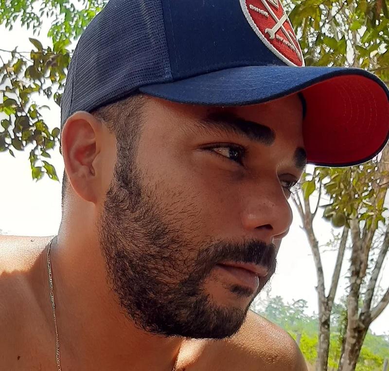 Diego Fernandes de Almeida, de 29 anos, procurou a polícia simulando que a mulher havia desaparecido. — Foto: Facebook