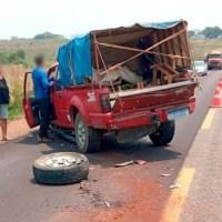 Caminhonete com placa de Novo Progresso e carreta colidem em rodovia no Mato Grosso