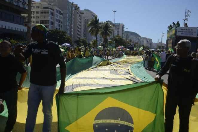 Direita sai às ruas em defesa de Moro e pede fechamento do Congresso e do STF. Foto Tomaz Silva/Agência Brasil