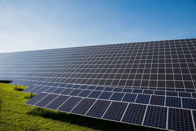 Energia solar traz lucratividade e reconhecimento para empresas brasileiras. Foto: Pixabay