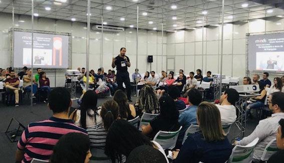 Palestra do Fabiano Castro na Feira do SEBRAE em 2018: lotada e com participação dos ouvintes. Foto: Divulgação