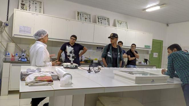 Aiba qualifica técnicos e estudantes para atuarem como Monitores de Pragas . Foto: Divulgação/Aiba
