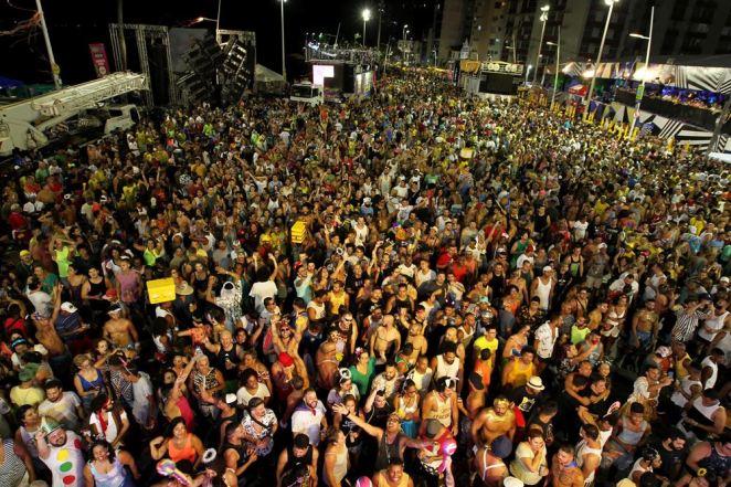 Salvador: Domingo de Carnaval vem recheado de atrações para o folião pipoca (Foto: Fernando Vivas/GOVBA)