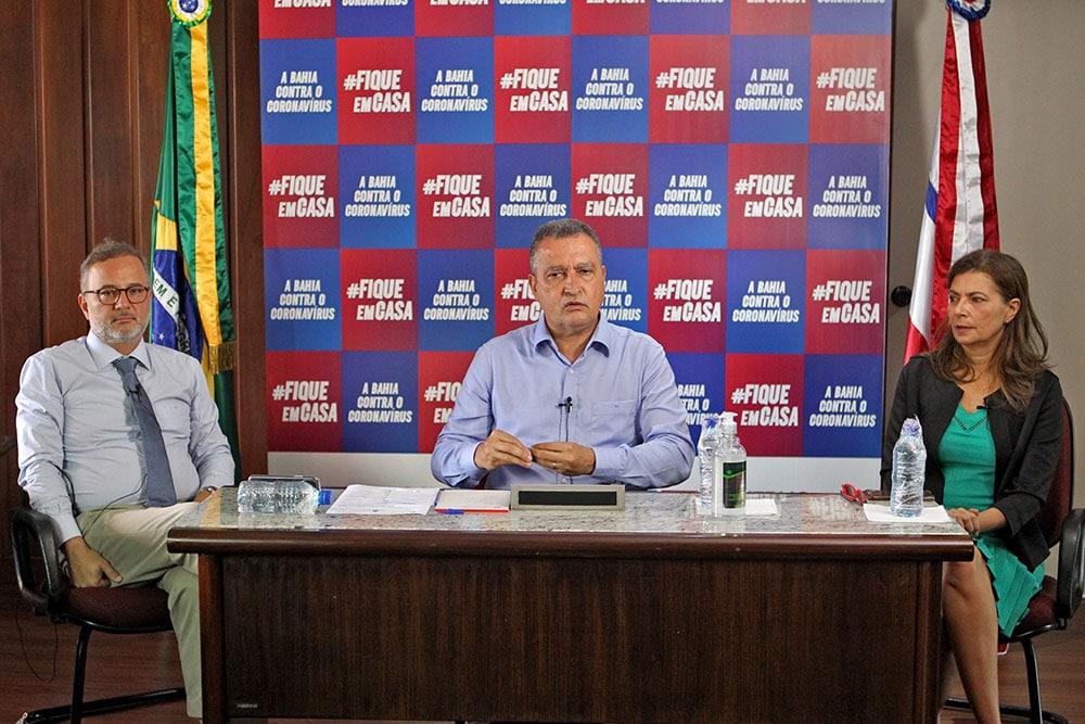Governador anuncia recurso para garantir alimentação de alunos da rede pública