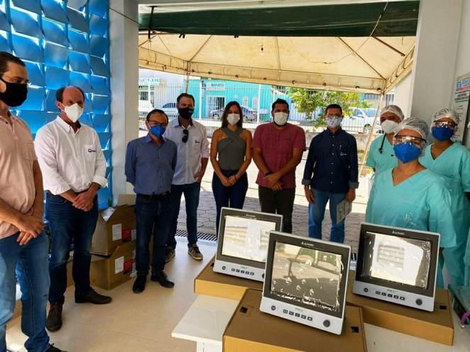 Doação de equipamento para hospital em Posse (GO). Foto: Divulgação