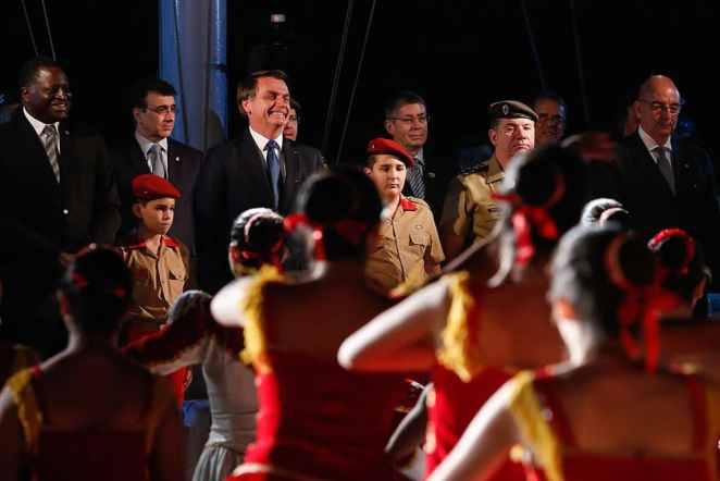 O presidente Jair Bolsonaro durante a comemoração do aniversário de criação do Colégio Militar de Brasília (Foto: Carolina Antunes/PR)