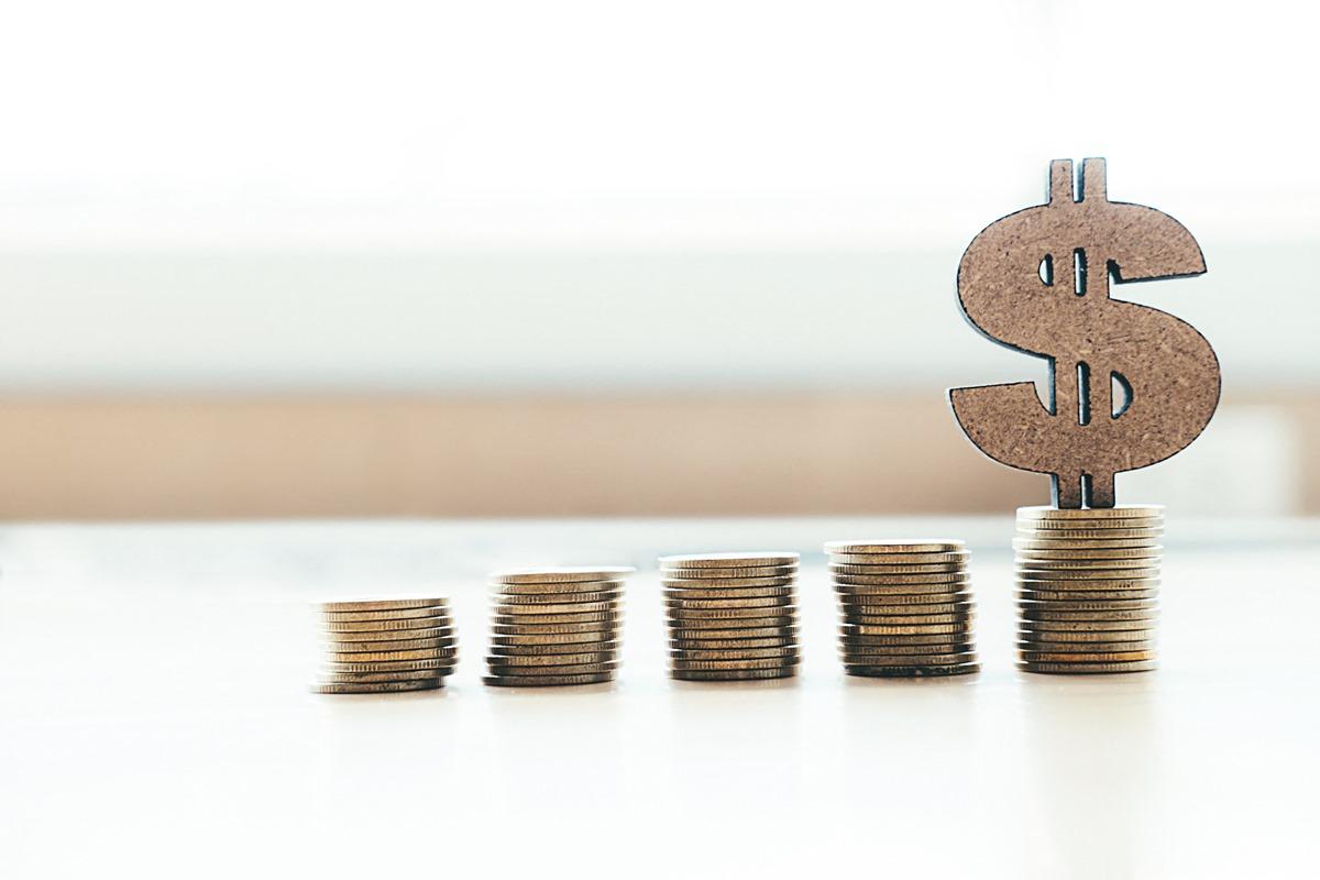 Equivalência e equiparação de salário: saiba quais são as diferenças