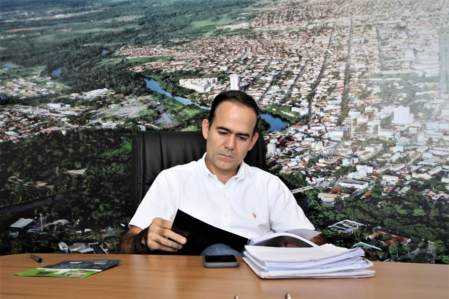 Barreiras: Vereador Rider Castro propõe revisar contrato com a Embasa