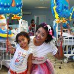 Pacientes do HFA ganham um super Dia das Crianças