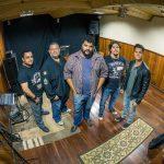 'Dia deRockSummer' acontece pela primeira vez em Guarapari neste sábado (20)