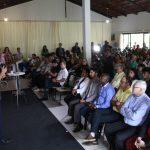 Casagrande dialoga com lideranças em Guarapari