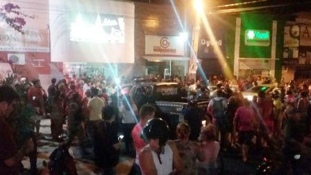 Assalto em posto de combustível termina em perseguição e troca de tiros no centro de Patos