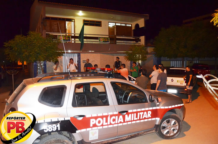 Em Sousa: Casa do candidato Tyrone é alvejada a bala; advogado considera atentado; Fábio atribui à organização criminosa