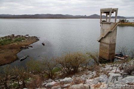 Dois dos cinco maiores açudes da PB perdem água e situação é pior do que em janeiro