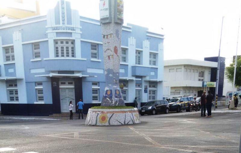 PF faz operação em três prefeituras da Paraíba