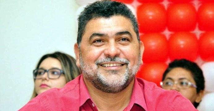 Lenildo Morais parabeniza Dinaldinho e agradece a seus eleitores