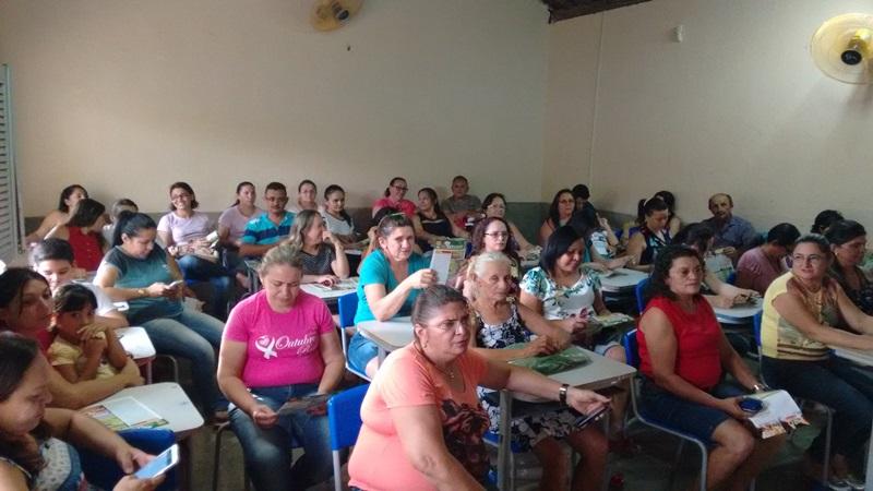 SINFEMP realiza assembleia com servidores de Vista Serrana