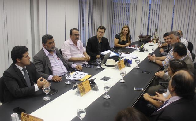 Prefeitura discute últimos detalhes para cessão de terreno que abrigará complexo judiciário de Patos