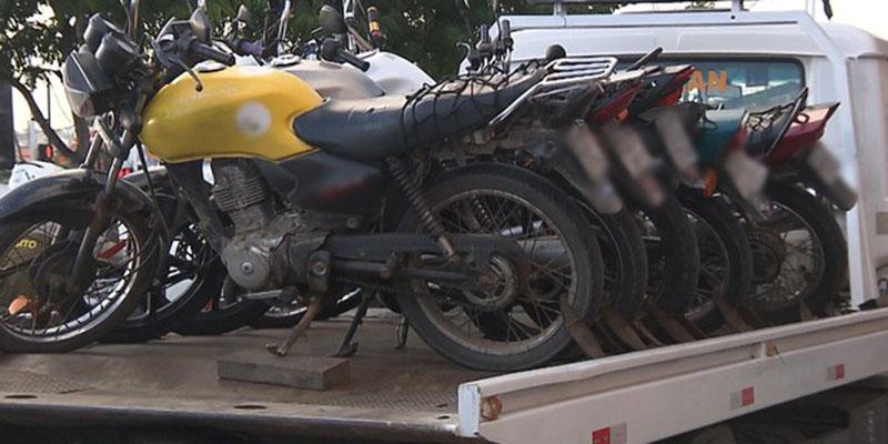 Em Campina Grande operação policial detém mototaxistas clandestinos