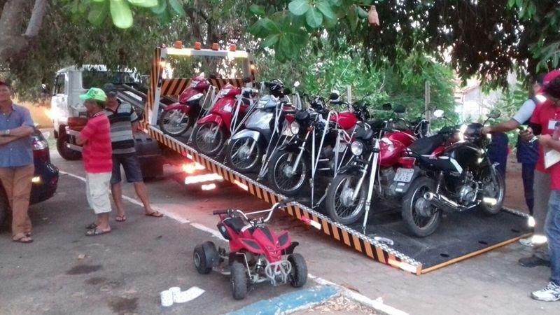Mais de 50 motos apreendidas na Operação Duas Rodas.  Inspetor da PRF comenta a operação; ouça