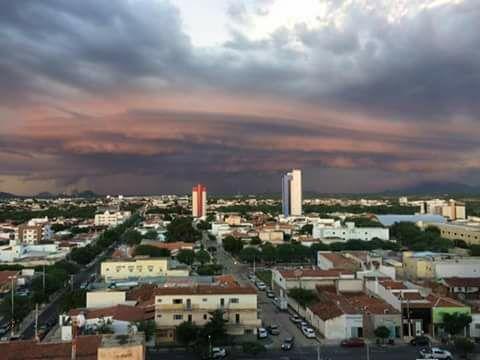 Chuvas em 45 cidades da Paraíba garantem espetáculo de nuvens e relatos de granizo