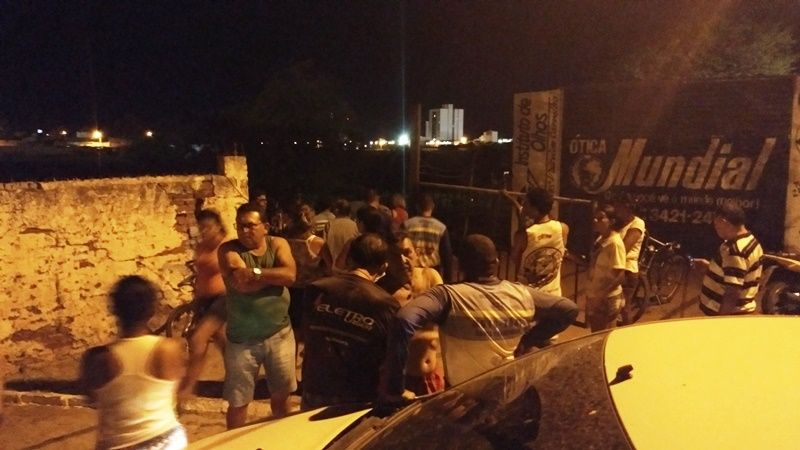 Homem é assassinado a tiros na noite de hoje no Bairro Belo Horizonte, em Patos