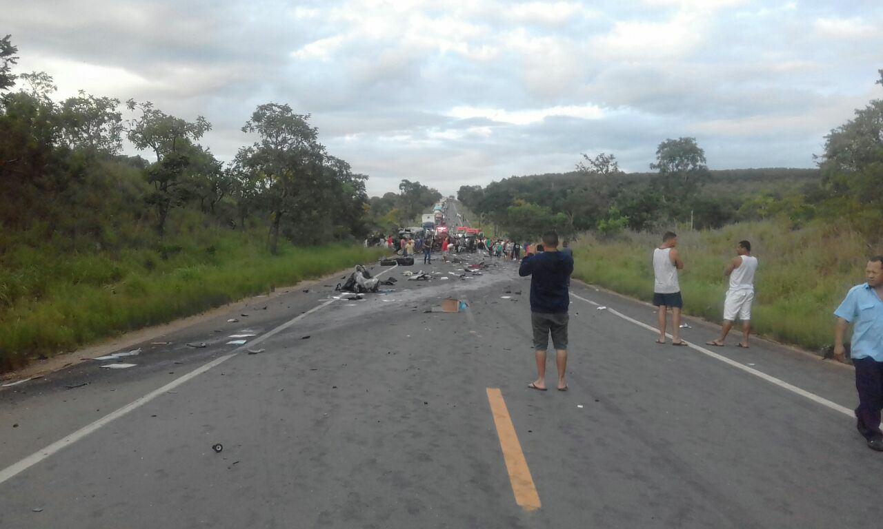 Sobe para 13 o número de mortos envolvendo van da cidade de Catolé do Rocha