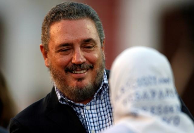 Filho mais velho de Fidel Castro comete suicídio, diz jornal estatal